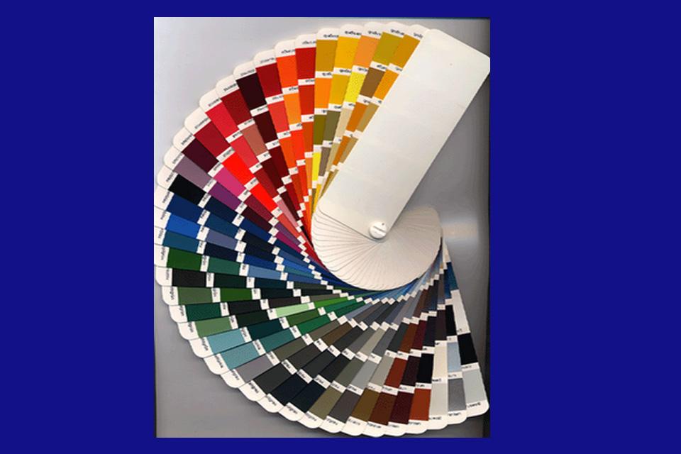 Cartas de colores a tu disposición. Pregúntanos en tienda