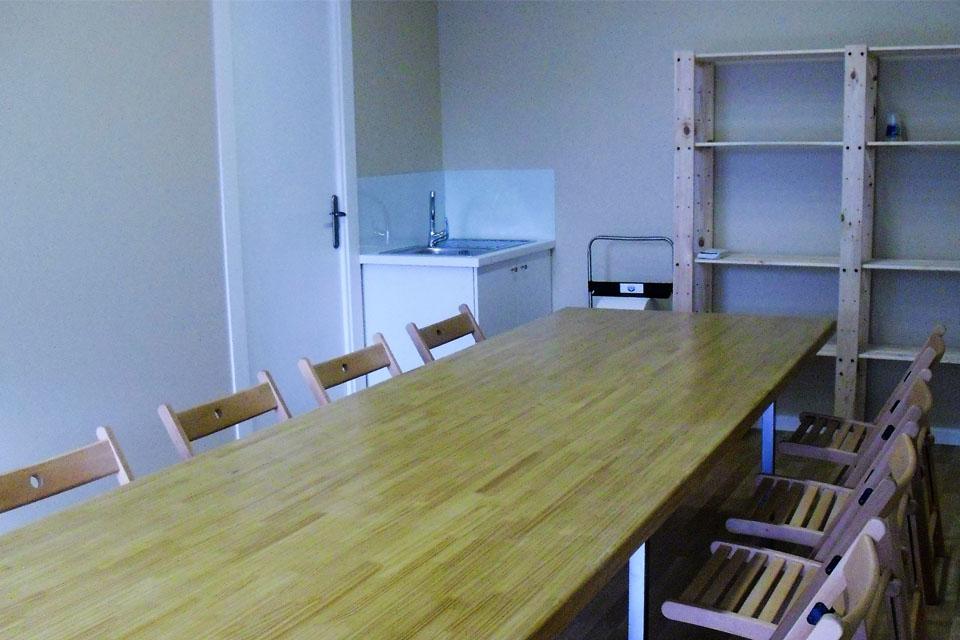 gusbel-interior-aula-manualidades-int
