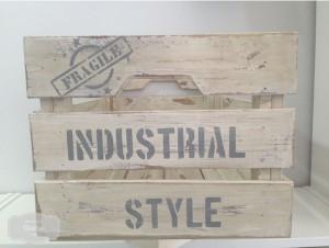 gusbel-manualidades-caja-industrial-pintura-tiza-2